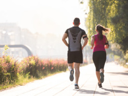 Paths and trails in Rosewood make it easy to go running and to be active. In this amenity-rich neighbourhood, this couple enjoys the parks and trails.